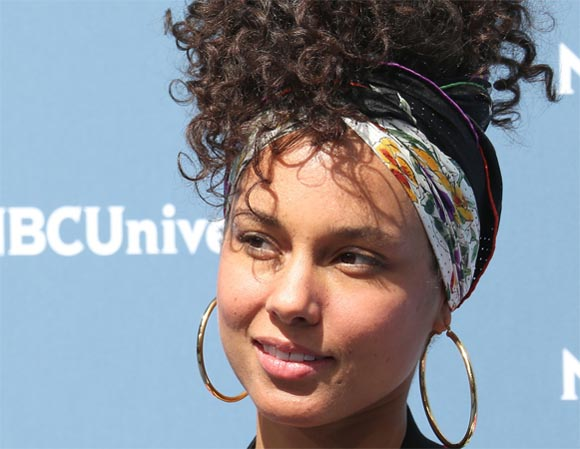 olea_ole_alicia_keys_tendencia_no_make_up